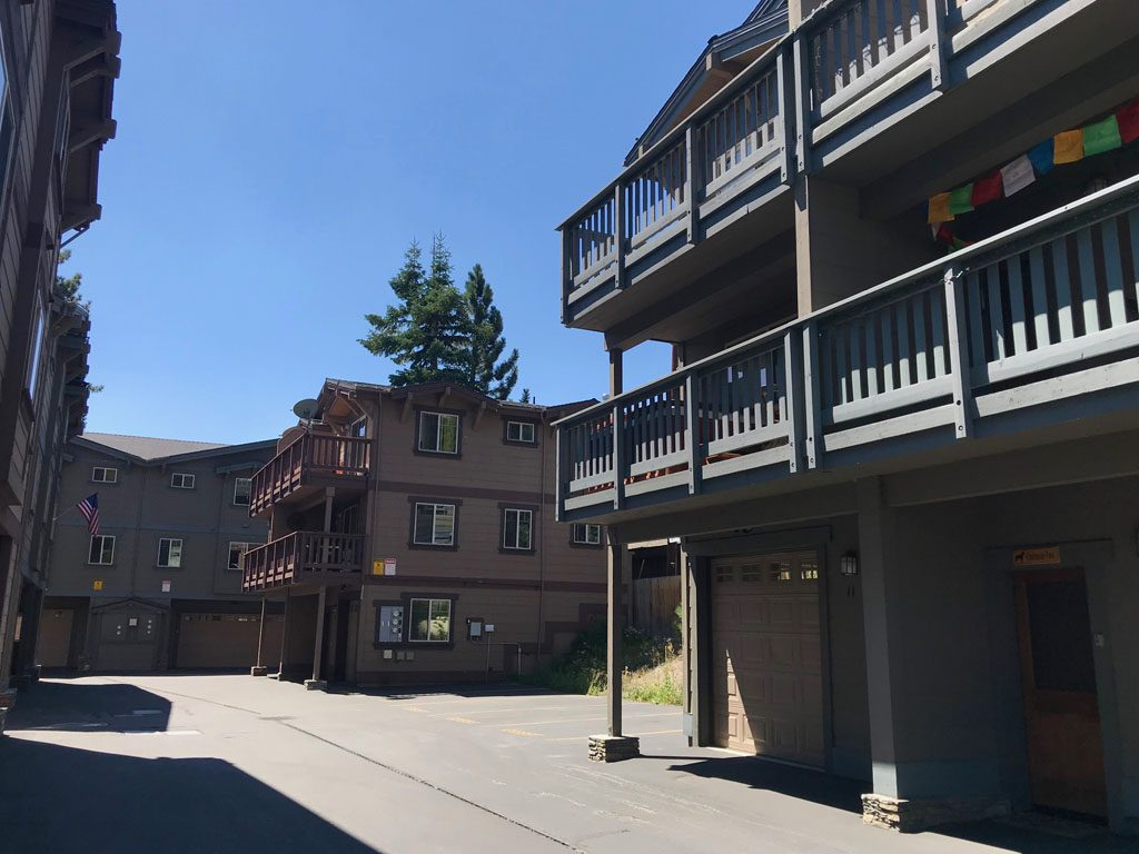 Gray Eagle Townhomes - Mammoth Lakes